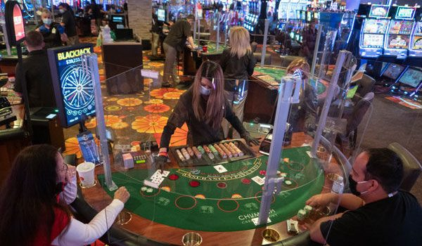 Tips for you to enjoy playing online slots